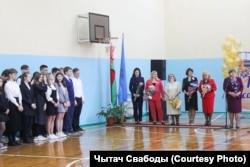 Представниця Слідчого комітету на лінійці в одній із мінських шкіл 1 вересня 2021 року