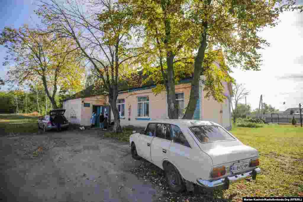 Виборча дільниця у селі Перевіз, Київська область
