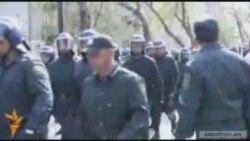 Ոստիկանները Բաքվում կասեցրել են բողոքի ցույցի փորձերը