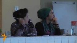 Дар Душанбе намоишгоҳи маҳсули дасти косибон барпо шуд.