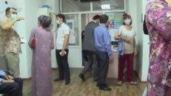 В поликлиниках Душанбе очередь за вакцинацией