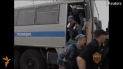 Москвада жүздөгөн мигранттар кармалды