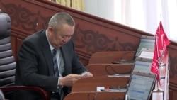 Кыргызские депутаты оправдываются за заграничные поездки