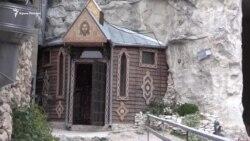Пещеры Качи-Кальон рубят для строительства столовой и скита (видео)