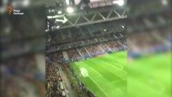 Українські вболівальники заспівали пісню про Путіна