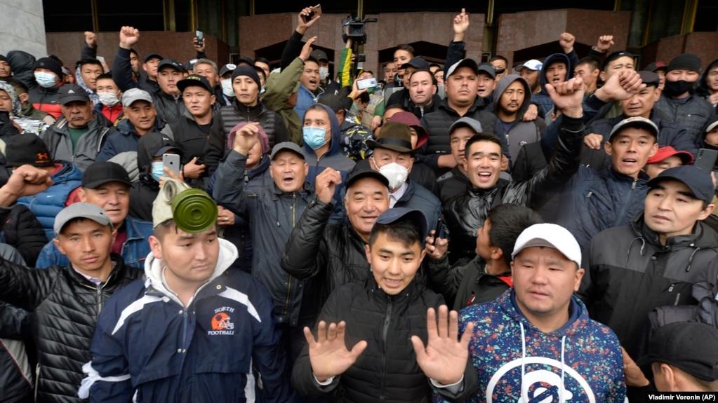Время для настоящих перемен? Оппозиция Кыргызстана в поисках нового пути