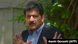 Pakistani journalist and TV presenter Hamid Mir.