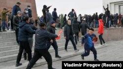 Столкновения на площади «Ала-Тоо», 9 октября 2020 г.