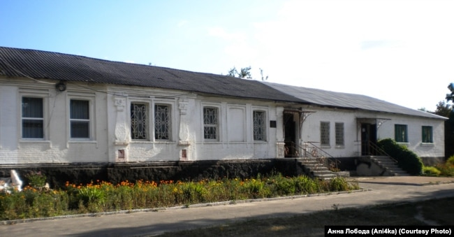 Будинок, у якому мешкала родина Дмитра Чижевського в місті Олександрії