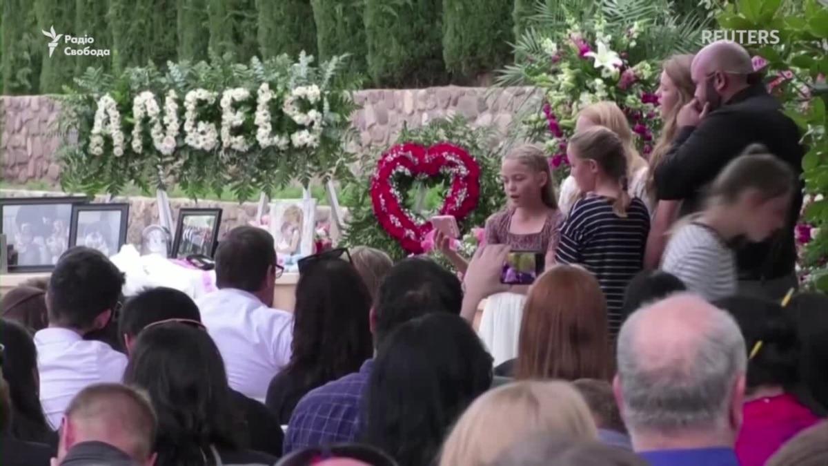 В Мексике похоронили членов одной из расстрелянных семей мормонов из США – видео