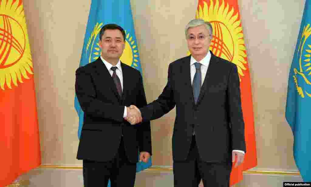 Бул - быйыл 10-январда президент болуп шайланган Садыр Жапаровдун биринчи мамлекеттик сапары.