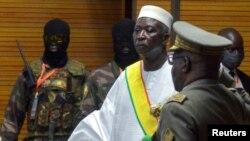 Президентът на Мали Бах Ндау