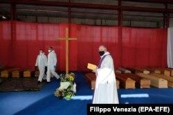 Sveštenik u Bergamu