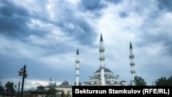 Кыргызстандын Борбордук мечити.