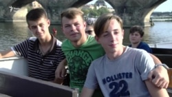 Канікули для дітей з Донбасу у Празі (відео)