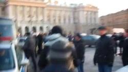 Петербурда протест митингы куып таратылды