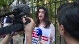 В Москве прошли пикеты в поддержку сестер Хачатурян. Их судят за убийство отца