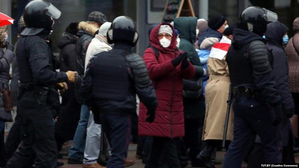 В Минске проходит Марш пенсионеров, есть задержанные