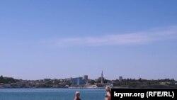 Севастополь, пляж у бухты Матюшенко