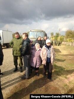 Подполковник из части Вадима с журналистами общаться не пожелал