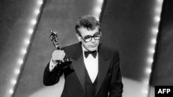 """Милош Форман получает """"Оскар"""" за фильм """"Амадей"""". 1985 год"""