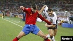 Испания - Голландия, полуфинал чемпионата мира. Дурбан, 7 июля 2010 г