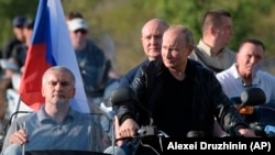Путин на байк-шоу, 12.08.2019