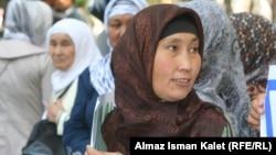 Кыргызские женщины в хиджабах. Иллюстративное фото.