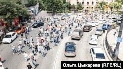 Жители Хабаровска идут на митинг в поддержку Сергея Фургала