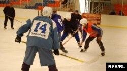 Хоккей боюнча Бишкектин биринчи чемпионаты, 22-февраль 2009-жыл