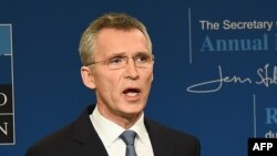 Belgium -- NATO Secretary-General Jens Stoltenberg presents the 2015 NATO annual report during a press conference in Brussels, January 28, 2016