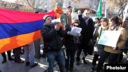 Пожалуй, самым важным событием в Армении были протестные акции экологических активистов в центре Еревана