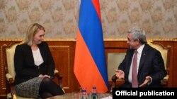 Բրիջիթ Բրինքին երեկ ընդունել է Հայաստանի նախագահ Սերժ Սարգսյանը: