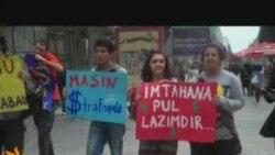 """Gənclər """"dilənir"""""""