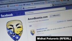 """Ilustrativna fotografija, najopsanija hakerska grupa """"Anonymous"""" zapretila je da će srušiti kompjuterski sistem u institucijama Bih, Sarajevo, 25. avgust 2011."""