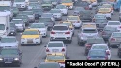 Яке аз роҳҳои шаҳри Душанбе. 16-уми январи соли 2020