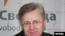Ukraine -- Professor Victor Musiyaka, one of the authors of the Constitution of Ukraine, Kyiv, 16Feb2010