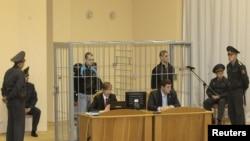 Дмитрий Коновалов и Владислав Ковалев в суде Минска