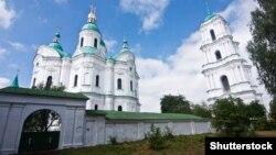 Собор Різдва Богородиці у Козельці – православний собор у смт Козелець Чернігівської області. Збудований у 1752–1763 роках на замовлення родини Розумовських. Поряд із собором стоїть дзвіниця, зведена у 1766–1770 роках