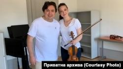 Ева Богоевска и Сергеј Островски за време на аудицијата во Женева