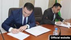 """На подписании соглашения между ООО """"Амири"""" и правительством РТ"""