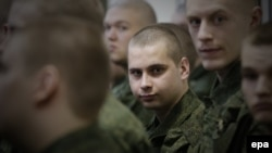 Russian authorities plan to enlist a total of 135,000 men in the fall of 2019, including about 2,600 from Crimea, according to Human Rights Watch.