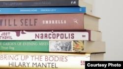 ناول های که در سال ۲۰۱۲ برای این جایزه نامزد شده بودند.