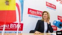 Irina Vlah, celebrând victoria la Comrat, 23 martie 2015