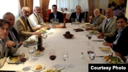 غداء على شرف المشاركين بمباحثات مجموعة الأطلسي في مدريد