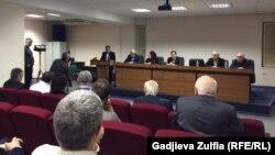 Представители общественности и властей Дагестана подумали, как им сотрудничать, Махачкала, 8 декабря 2017 года