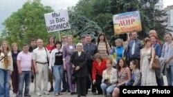 Молитовні зустрічі за мир в Україні. Церква «Слово життя»