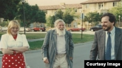 Ирина Генис, Андрей Синявский и Александр Генис. Стэнфордский университет, 1990-е