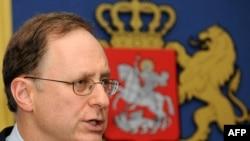 Ալեքսանդր Վերշբոուն ասուլիս է տալիս Թբիլիսիում, 20 հոկտեմբերի, 2009