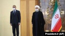 Irački premijer Mustafa Al Kadimi i predsednik Irana Hasan Rohani tokom susreta u Teheranu